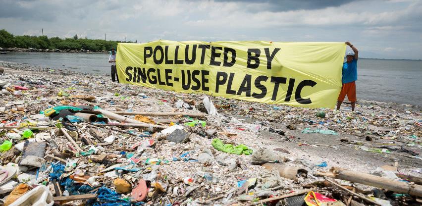 Velika Britanija predlaže zabranu izvoza plastičnog otpada