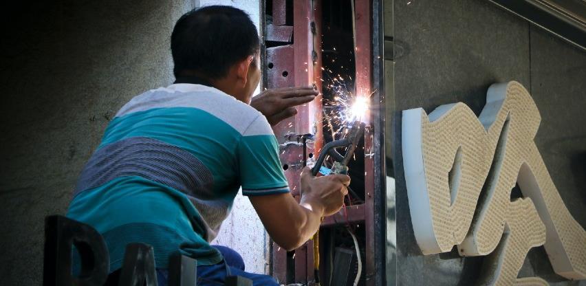Kineska privreda raste dok je svijet pod teretom pandemije