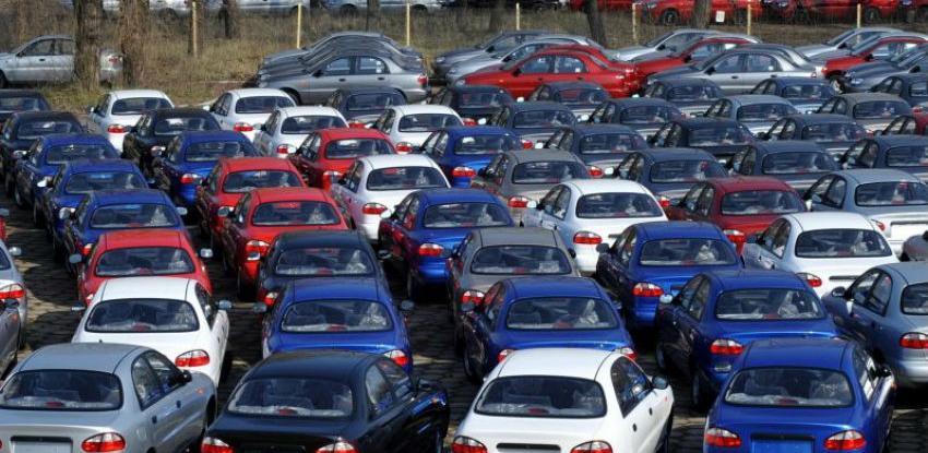 """Britansku automobilsku industriju očekuje """"uništenje"""" nakon tvrdog Brexita"""