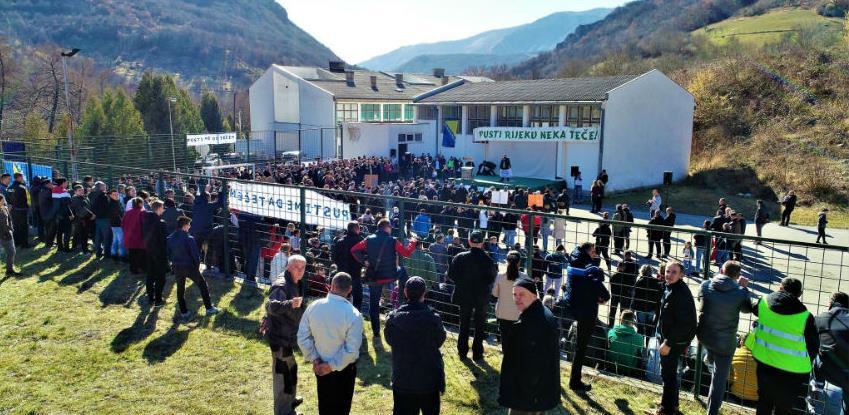 Buturović Polje: Hiljade mještana protiv gradnje mini hidroelektrana!