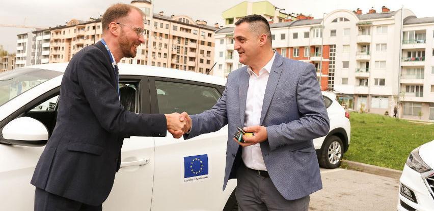 EU obezbijedila 11 vozila za unapređenje rada civilne zaštite u BiH