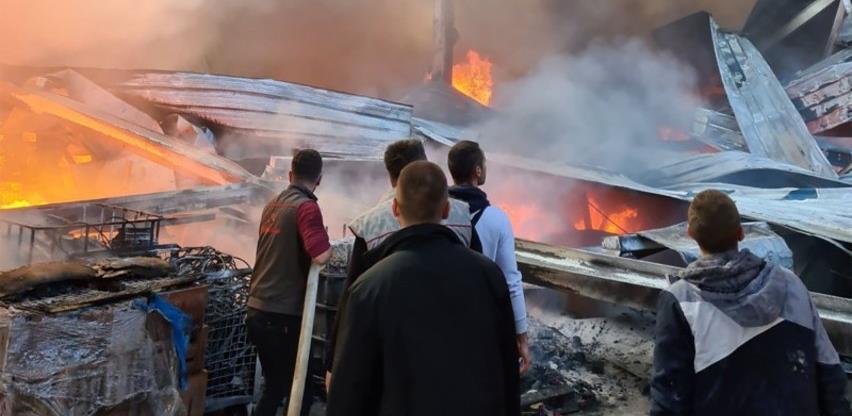 U požaru u Hrasnici nije bilo povrijeđenih, pričinjena materijalna šteta