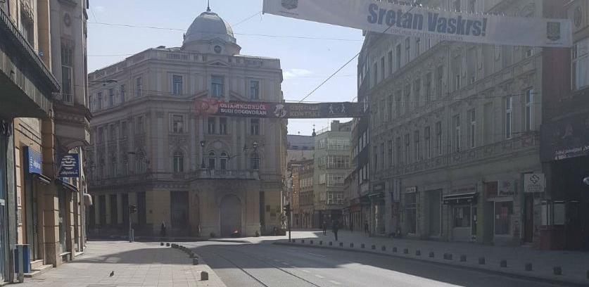 Prošetali smo jutros pustim ulicama Sarajeva ( FOTO )