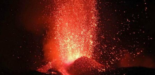 U erupciji Etne povrijeđeni turisti i ekipa BBC-ija