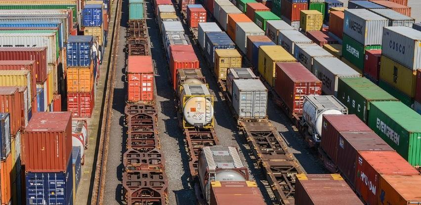 Zbog nestašice kontejnera problemi s izvozom i uvozom roba veći nego ikad