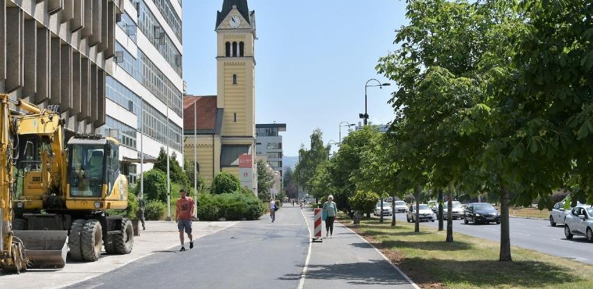 Radovi na sanaciji pješačke staze u ulici Zmaja od Bosne u završnoj fazi