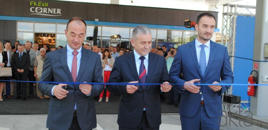 Holdina otvorila nove INA benzinske stanice na autoputu
