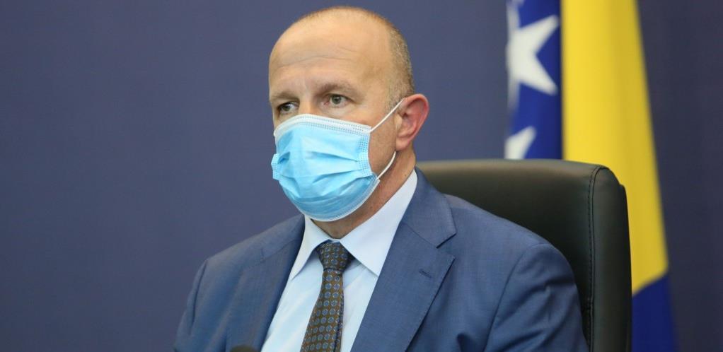Vlada FBiH: Ukoliko Zavod ne potpiše ugovore za nabavku vakcina, tražićemo smjenu direktora