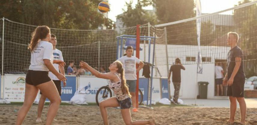 Jaffa i Trik turnir u odbojci na pijesku