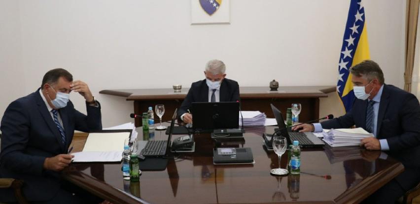 Predsjedništvo BiH: Omogućiti ulazak građanima SAD, Turske i Rusije