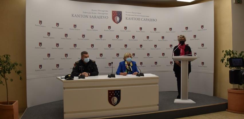 Kazna za nenošenje maski na otvorenom u Kantonu Sarajevo i do 1.500 KM