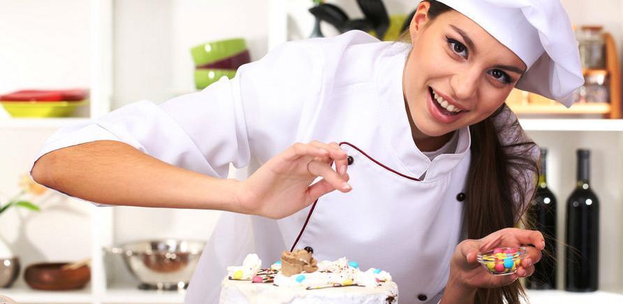 Počeo IX Festival rada - takmičenje kuhara, konobara, poslastičara i pekara