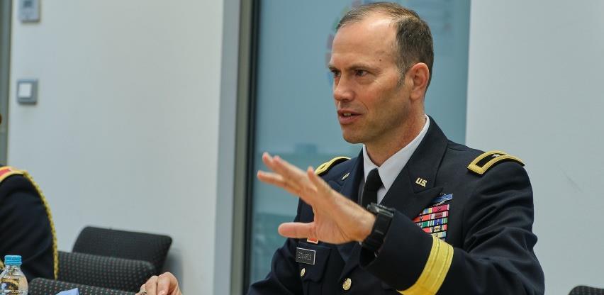 William Edwards: Svaka zemlja treba odlučiti kako će razvijati odnose s NATO-om