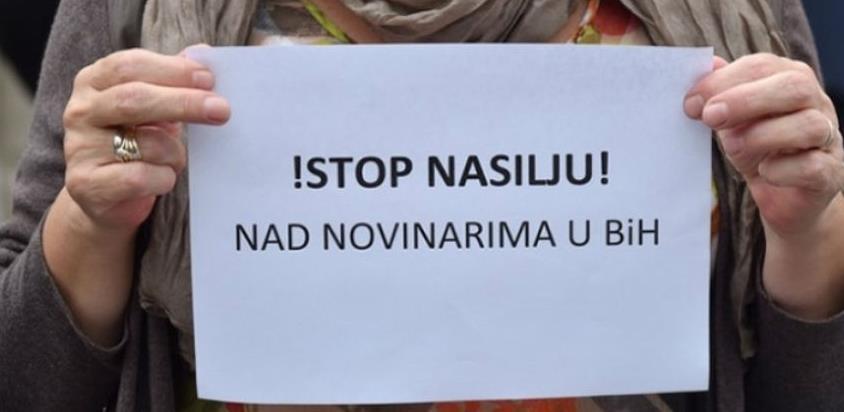 Vijeće za štampu u BiH osudilo upad u redakciju portala Radiosarajevo.ba