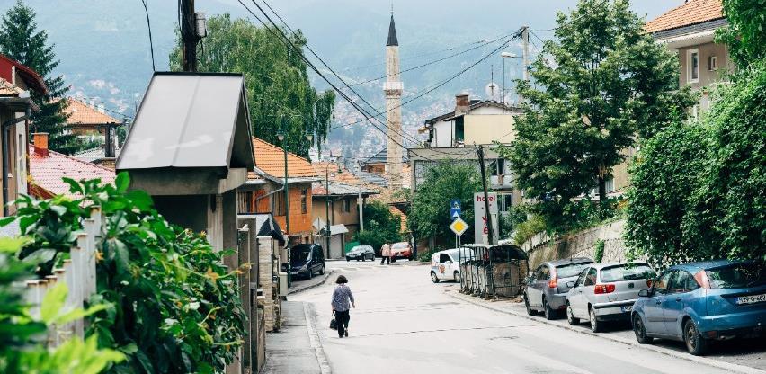 Ko je odgovoran za haotičnu sliku sarajevskih javnih površina?