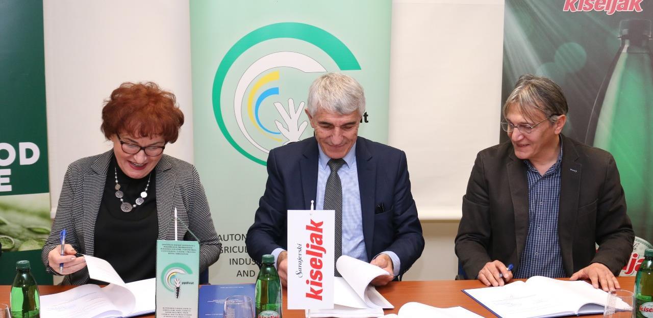Potpisan novi kolektivni ugovor u Sarajevskom kiseljaku: Regulirana prava za oko 400 radnika