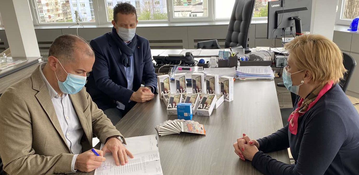 Općina Novo Sarajevo ustupila Domu zdravlja KS mobitele za potrebe procesa imunizacije