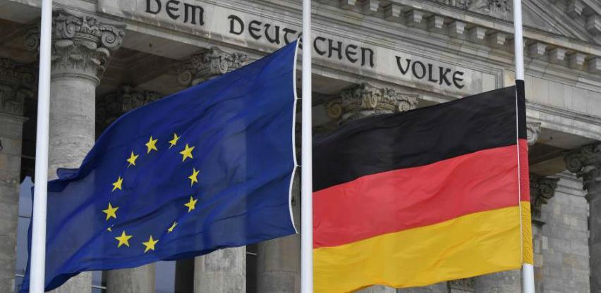 Njemačka ponovo za dlaku izbjegla recesiju