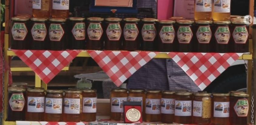 Više od 50 izlagača na sajmu pčelarstva u Tuzli