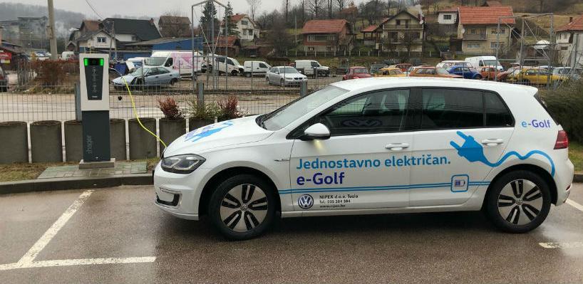 Hager instalirao prvi punjač za električna vozila u Tuzlanskom kantonu
