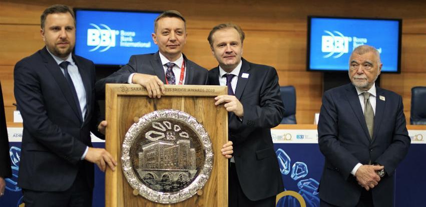 """Rusmiru Hrviću pripala prestižna nagrada """"Poduzetnik godine"""" na 10. SBF"""