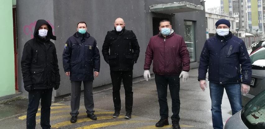 Policijskim službenicima donacija zaštitnih maski od preduzeća Danial's