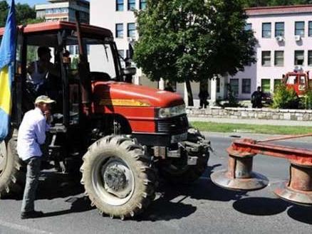 Bićo: Isplatiti poticaje poljoprivrednicima u roku 7 dana ili protesti