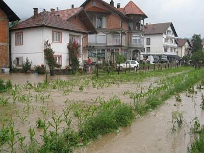 Nove poplave Gračanici donijele velike štete: Upućen apel za pomoć