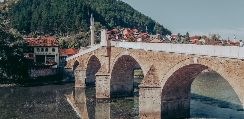 U prvih osam mjeseci najviše noćenja ostvarili turisti iz Srbije i Hrvatske
