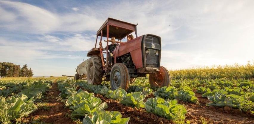 Moratorij na prodaju poljoprivrednog zemljišta strancima produžen za tri godine