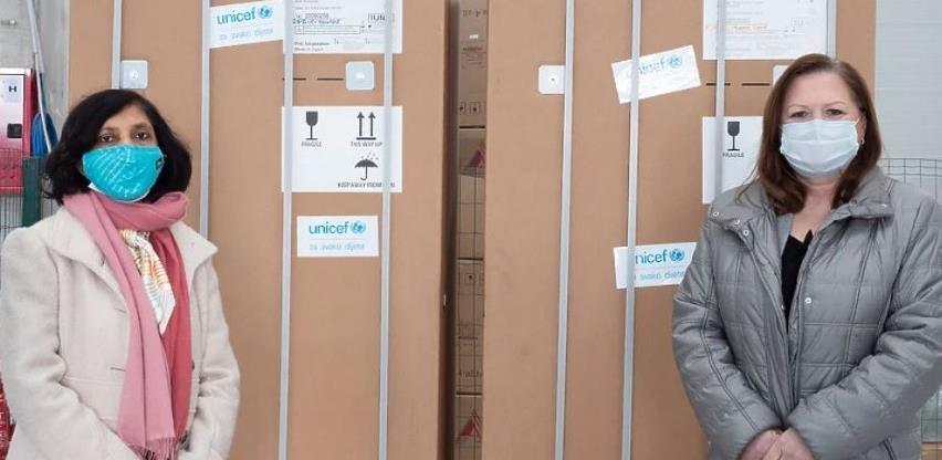 UNICEF BiH donirao dva frižidera za čuvanje Pfizerove vakcine
