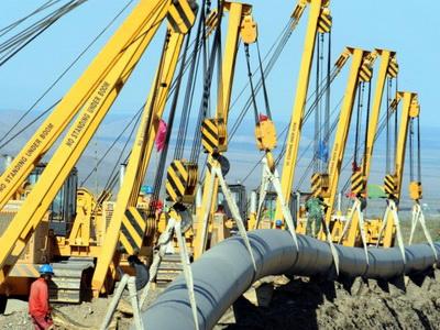 Kinezi će rusima avansno isplatiti 25 milijardi dolara za plin