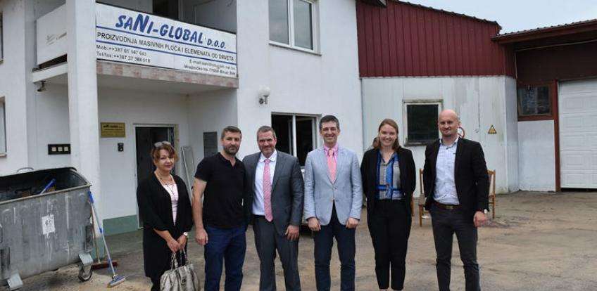 Posjeta direktora misije USAID BiH bihaćkoj firmi Sani Global