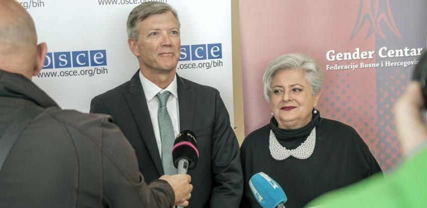 OSCE predao Gender centru softver za vođenje baze o nasilju u porodici