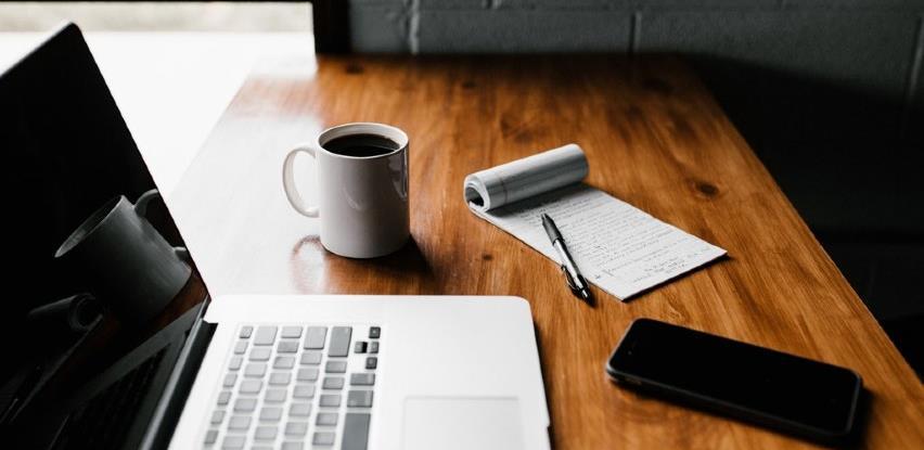 Kako odvojiti vrijeme za odmor i uistinu se opustiti čak i ako radite od kuće?