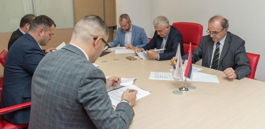 Potpisan sporazum za izgradnju fudbalskog centra u Prnjavoru
