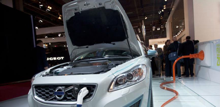 Smanjenje poreza za hibridna i električna vozila