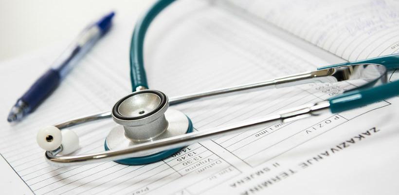 Zdravstveni radnici u KS-u stupili u generalni štrajk