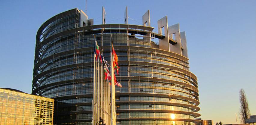Europarlamentarci zatražili regulaciju različite kvalitete proizvoda na tržištu