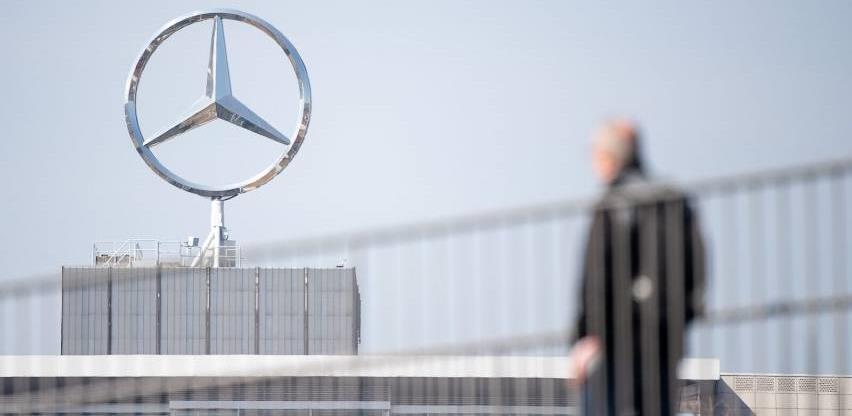 Mercedes s tržišta povlači 135 hiljada vozila