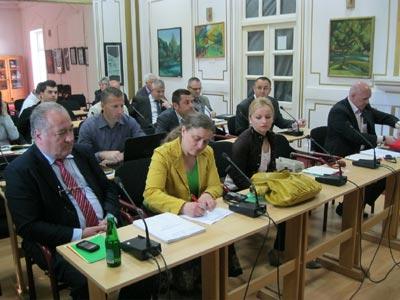 Bosanska Krupa: NVO-i oslobođeni plaćanja taksi za ovjeru dokumenta