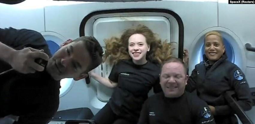 Svemirski turisti sigurno se vratili na Zemlju