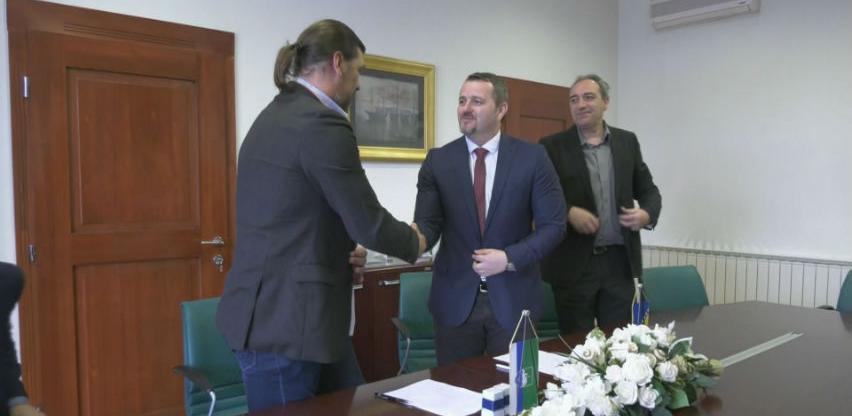 Investicija vrijedna 4 miliona eura: Cazin dobija fabriku pločastog namještaja