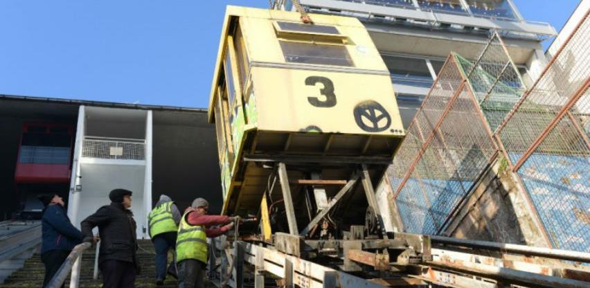 Demontirana kabina starog lifta na Ciglanama