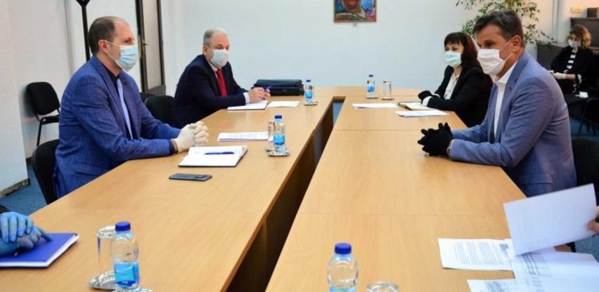 Novalić i Nenadić razgovarali o ublažavanju negativnih ekonomskih posljedica