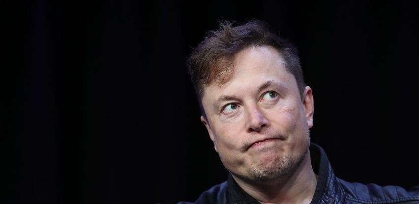 Musk se pohvalio: Ugradili smo implantat u mozak majmuna i sad on igra videoigre snagom misli