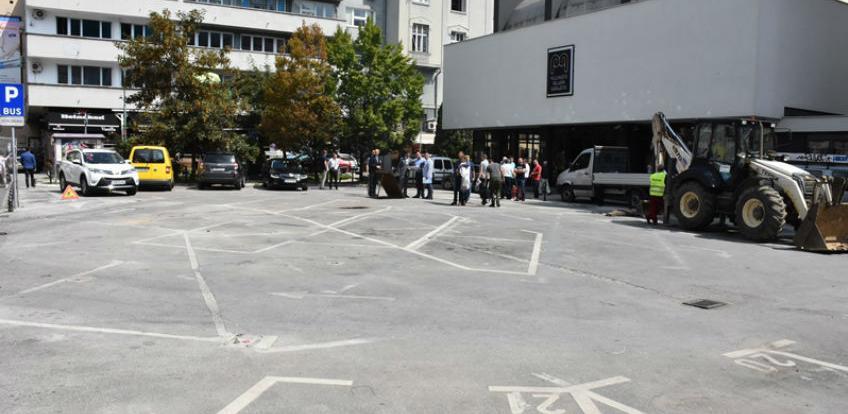 Započeli pripremni radovi na uređenju trga kod Pozorišta mladih