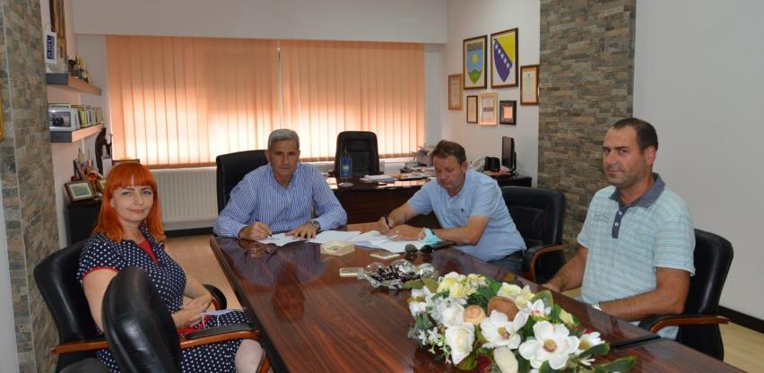 Potpisan Ugovor o izgradnji nove školske dvorane u Željeznom Polju