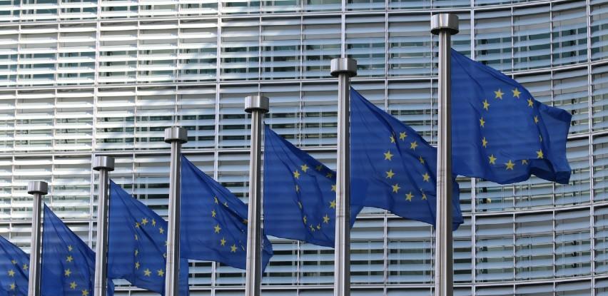 EU i Kina bi mogli ovog tjedna postići dogovor o okviru za ulaganja