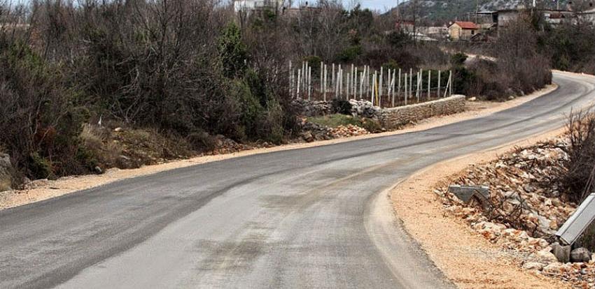 Za rehabilitaciju regionalne ceste Tromeđa-Zvirovići odobreno pet miliona KM